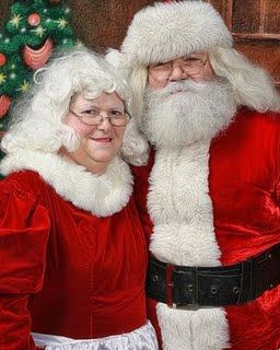 Mrs claus getting fucked by santa — img 1